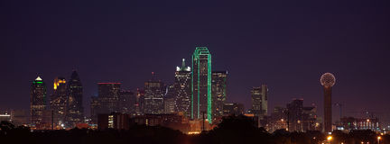 Skyline de Dallas no crepúsculo Foto de Stock