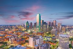 Skyline de Dallas, Texas, EUA foto de stock royalty free