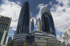 Skyline de Dubai em um dia ensolarado brilhante Imagens de Stock Royalty Free