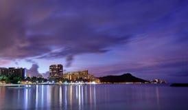 Skyline de Havaí no nascer do sol Foto de Stock Royalty Free