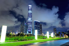 Skyline de Hong Kong na noite Imagens de Stock Royalty Free