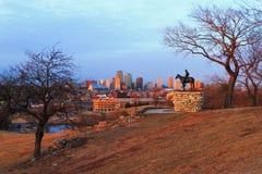 Skyline de Kansas City no crepúsculo Foto de Stock