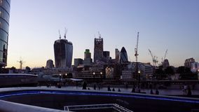 Skyline de Londres no crepúsculo Fotografia de Stock