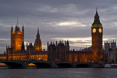 Skyline de Londres no por do sol Fotografia de Stock Royalty Free