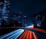 Skyline de Los Angeles na noite Imagens de Stock