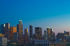 Skyline de Los Angeles no crepúsculo Imagem de Stock Royalty Free
