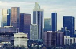 Skyline de Los Angeles no crepúsculo imagem de stock