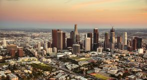 Skyline de Los Angeles no crep?sculo imagem de stock