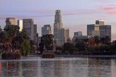 Skyline de Los Angeles no por do sol Imagem de Stock