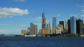 Skyline de mais baixo Manhattan de Staten Island Ferry vídeos de arquivo
