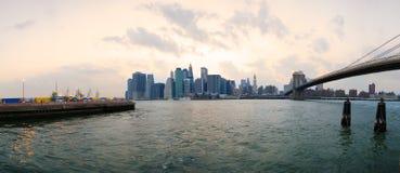 Skyline de Manhattan de Brooklyn Imagens de Stock