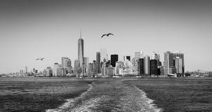 Skyline de Manhattan em preto e branco Fotografia de Stock Royalty Free