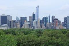 Skyline de Manhattan sobre o Central Park Fotografia de Stock Royalty Free
