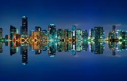 Skyline de Miami na noite Fotografia de Stock Royalty Free