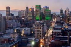 Skyline de Montreal na noite Fotos de Stock