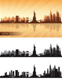 A skyline de New York City detalhou as silhuetas ajustadas Fotos de Stock