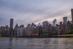 Skyline de New York durante o fim da tarde fotografia de stock