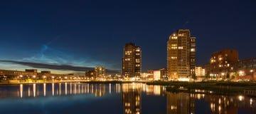 Skyline de Oosterheem na noite Fotos de Stock Royalty Free