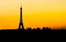 Skyline de Paris no por do sol Imagem de Stock Royalty Free