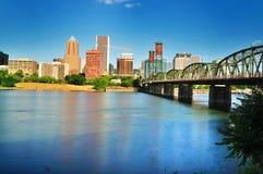 A skyline de Portland do beira-rio do leste Foto de Stock Royalty Free