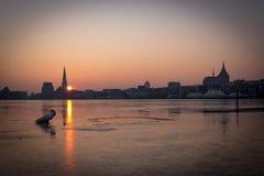 Skyline de Rostock no nascer do sol Imagens de Stock