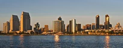 Skyline de San Diego no por do sol Imagens de Stock