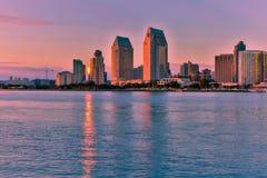 Skyline de San Diego no por do sol Imagens de Stock Royalty Free