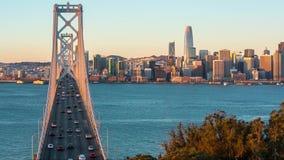 Skyline de San Francisco e ponte do louro video estoque
