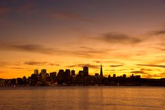 Skyline de San Francisco no por do sol Imagens de Stock Royalty Free