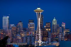 Skyline de Seattle no crepúsculo Imagem de Stock