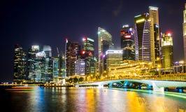 Skyline de Singapura e opinião Marina Bay Fotos de Stock