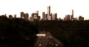 Skyline de Toronto vista do norte no sepia foto de stock royalty free