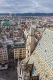 Skyline de Viena da catedral de St Stephen Fotografia de Stock Royalty Free