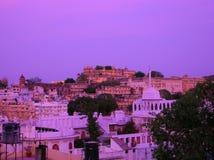 Skyline der Stadt in Indien stockfotos