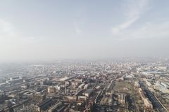 Skyline der verlassenen städtischen Anlage stockfoto