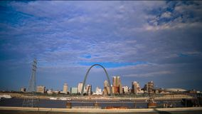 Skyline des St. Louis, Missouri stock footage