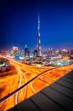 Skyline do centro de Dubai, Dubai, Emiratos Árabes Unidos Fotos de Stock