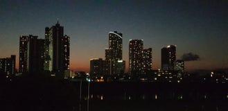 A skyline do crepúsculo imagem de stock royalty free