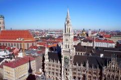Skyline do dia de mola de Munich Imagem de Stock