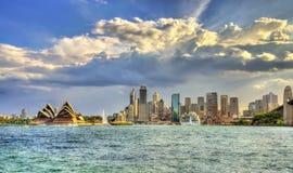 Skyline do distrito financeiro central de Sydney, Austrália fotografia de stock royalty free