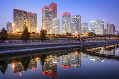 Skyline do Pequim CBD imagens de stock