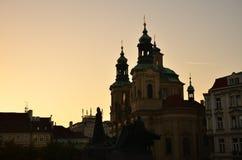 Skyline do por do sol de Praga Imagens de Stock