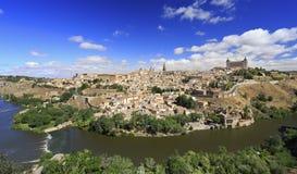 Skyline e Tagus River velhos da cidade da cidade de Toledo Fotos de Stock