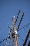 A skyline em Albert Dock é um complexo de construções e de armazéns da doca em Liverpool, Inglaterra Foto de Stock