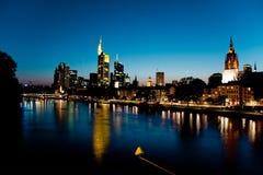 Skyline Francoforte - am - cano principal - imagem conservada em estoque Foto de Stock Royalty Free