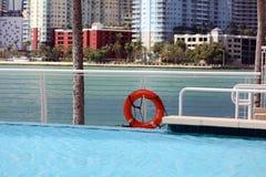 Skyline Miamis im Stadtzentrum gelegene Brickell-Gebäude in der Miami-Flussufergegend Lizenzfreies Stockbild