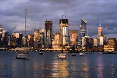 Skyline nebulosa de New York fotos de stock royalty free