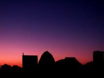 Skyline am Sonnenaufgang Lizenzfreies Stockfoto