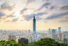 Skyline of taipei by the sunset Royalty Free Stock Photography