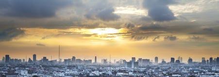 Skyline urbana da cidade, Banguecoque, Tailândia imagem de stock